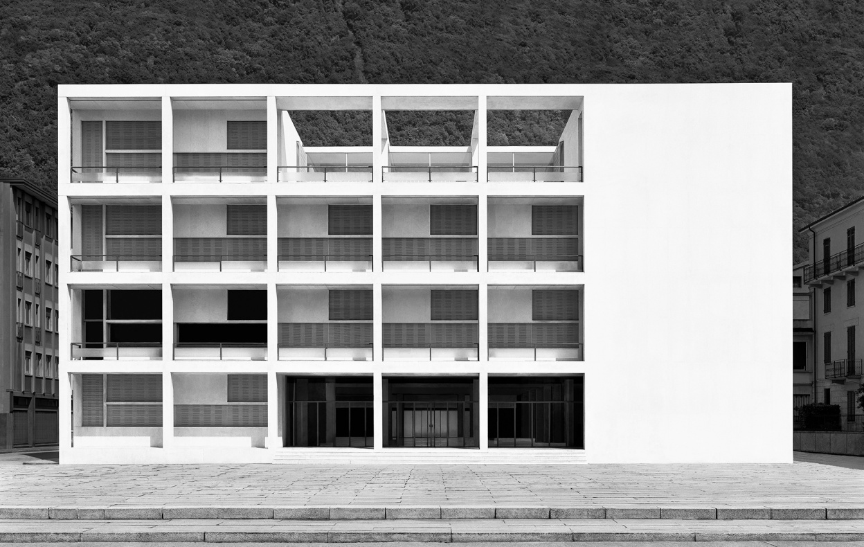 Casa del Fascio, Como. 2002 Arch. Giuseppe Terragni