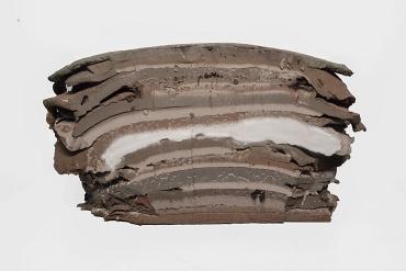 Stratigrafia - La stratigrafia ordina i corpi rocciosi,  dal punto di vista spaziale e temporale,  secondo le loro caratteristiche.