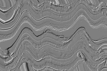 """Radargramma - Georadar: si basa sull'analisi delle riflessioni di onde elettromagnetiche trasmesse nel terreno, dalla quale si ottiene una rappresentazione bidimensionale, o sezione elettromagnetica, o """"radargramma""""."""