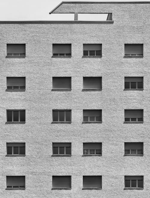 Via Bassini, Milano. Architetto Moretti