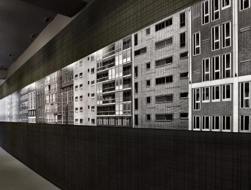 """Allestimento di """"Facecity"""" (scroll) alla Biennale Architettura di Venezia. Agosto 2012"""