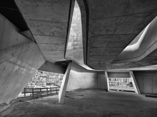 Stazione  Marittima, cantiere di Salerno, 16 marzo 2012 ore 15:48. Architetto Zaha Hadid